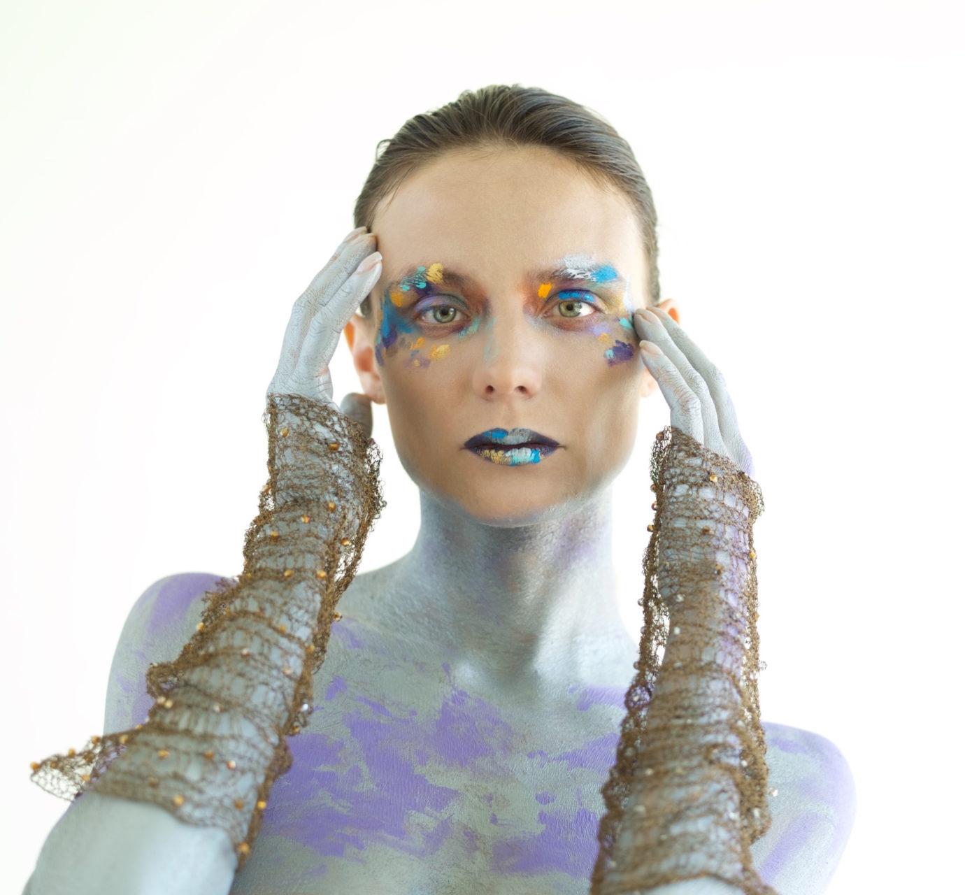 Kira copper bracelet Melissa Laskin fashion celebrity stylist fine art body painting
